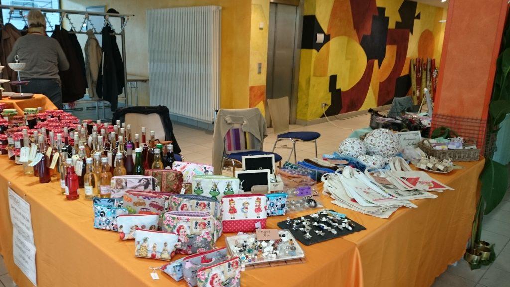 Der Kunsthandwerkermarkt auf unserer traditionellen Metzelsuppe hat eine Menge zu bieten ...